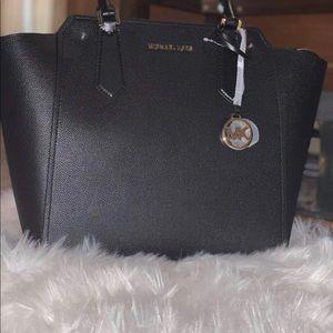 **BRAND NEW** MK purse